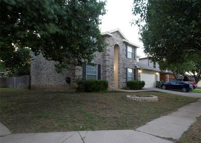 927 LEADVILLE DR, Arlington, TX 76001 - Photo 1