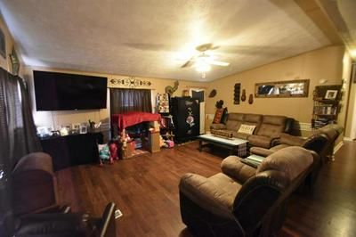 1047 CHANDRY CIR, Stephenville, TX 76401 - Photo 2