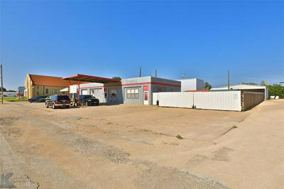 1326 COMMERCIAL AVE, Anson, TX 79501 - Photo 2
