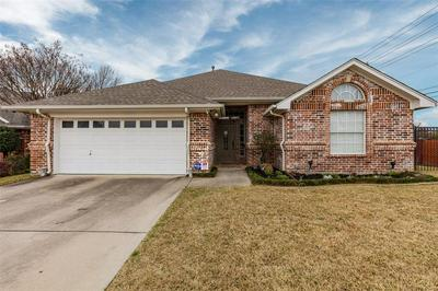 2025 LOREAN CT, HURST, TX 76054 - Photo 1