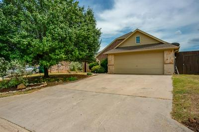 205 HOLLY CT, Aubrey, TX 76227 - Photo 2
