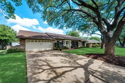 4524 CLOUDVIEW RD, Fort Worth, TX 76109 - Photo 2