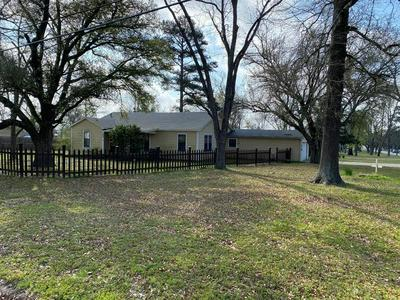 300 E PENNSYLVANIA AVE, VAN, TX 75790 - Photo 1