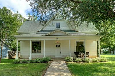316 W SOUTH ST, Whitesboro, TX 76273 - Photo 1