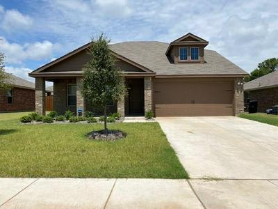 2609 HUTCHINS DR, Seagoville, TX 75159 - Photo 1