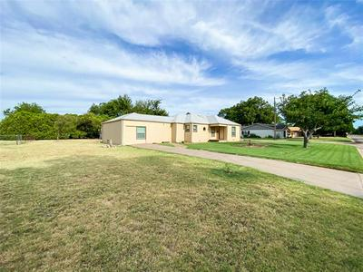 1207 N AVENUE G, Haskell, TX 79521 - Photo 2