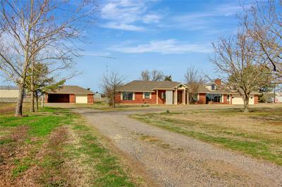 1905 ROLAND RD, Whitesboro, TX 76273 - Photo 2