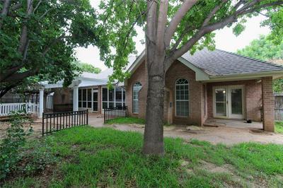 817 WATERS EDGE DR, Abilene, TX 79602 - Photo 1