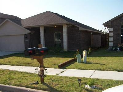2344 OLD LEONARD ST, Fort Worth, TX 76119 - Photo 2