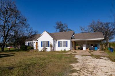 404 N PEARSON ST, GODLEY, TX 76044 - Photo 2