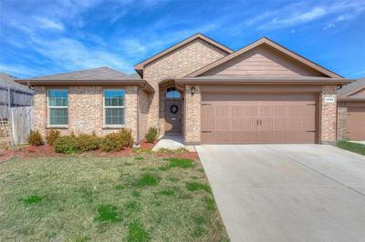 4248 GALLOWGATE DR, FORT WORTH, TX 76123 - Photo 2