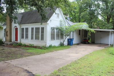 810 N MAIN ST, Winnsboro, TX 75494 - Photo 2