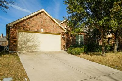 2641 SANDCHERRY DR, Fort Worth, TX 76244 - Photo 2