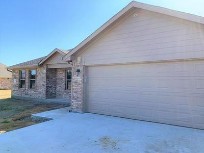 550 CROW RD, Whitesboro, TX 76273 - Photo 1