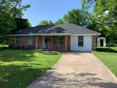806 MAPLE ST, Commerce, TX 75428 - Photo 1