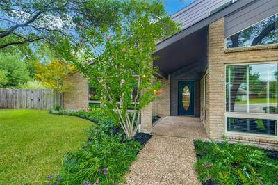 16806 BRADGATE CT, Dallas, TX 75248 - Photo 2
