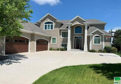 200 SADDLEBROOK CT, Dakota Dunes, SD 57049 - Photo 1