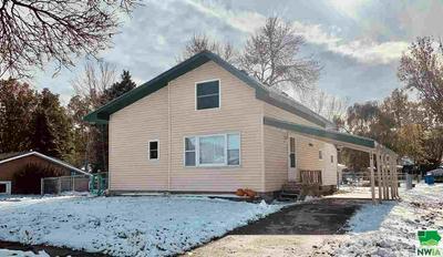 104 E WASHINGTON ST, Elk Point, SD 57025 - Photo 1