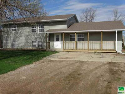 31389 MECKLING RD, Vermillion, SD 57069 - Photo 1
