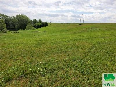 LOT 7 COUNTRY CLUB ESTATES SECOND ADDITION REMSEN, Remsen, IA 51050 - Photo 1