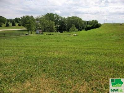 LOT 7 COUNTRY CLUB ESTATES SECOND ADDITION REMSEN, Remsen, IA 51050 - Photo 2