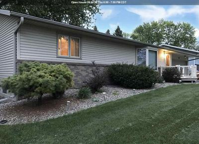 810 COUNTRY CLUB DR, Akron, IA 51001 - Photo 1
