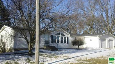 405 HILLCREST AVE, Pierson, IA 51048 - Photo 2