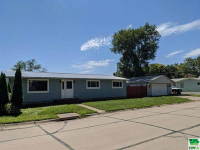 119 LOUIS AVE, No. Sioux City, SD 57049 - Photo 1