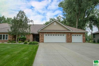 823 CROOKED TREE LN, Dakota Dunes, SD 57049 - Photo 1