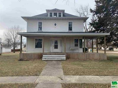 308 S MAIN ST, Paullina, IA 51046 - Photo 2