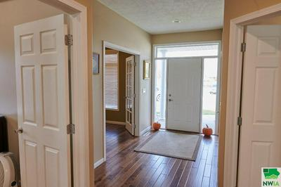 472 BLUESTEM TRL, Dakota City, SD 57049 - Photo 2