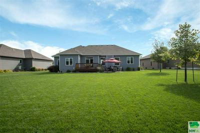 108 TETON PINES CT, Dakota Dunes, SD 57049 - Photo 2