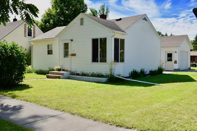 723 ARNOLD AVE N, THIEF RIVER FALLS, MN 56701 - Photo 1