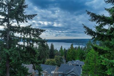1528 209TH AVE NE, Sammamish, WA 98074 - Photo 1