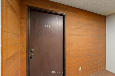 14620 NE 31ST ST # E202, Bellevue, WA 98007 - Photo 2