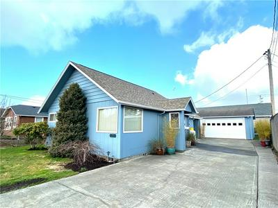 204 5TH ST NE, Long Beach, WA 98631 - Photo 1