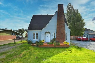 1902 W PIONEER, Puyallup, WA 98371 - Photo 1