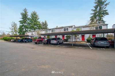 11 146TH AVE SE, Bellevue, WA 98007 - Photo 2