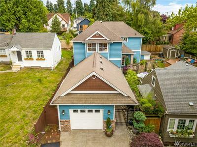 807 NE 98TH ST, Seattle, WA 98115 - Photo 1