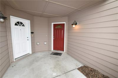 1890 SW SCENIC HEIGHTS ST APT B3, Oak Harbor, WA 98277 - Photo 2