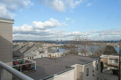 559 MCGRAW ST APT 403, Seattle, WA 98109 - Photo 1