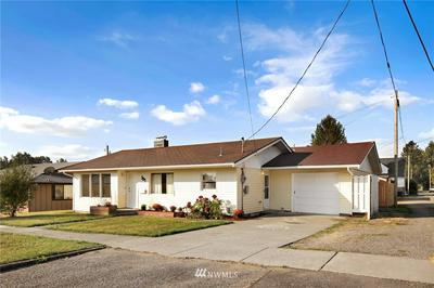 307 9TH ST, Lynden, WA 98264 - Photo 2