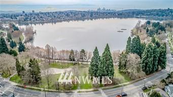 7868 GREEN LAKE DR N # 9, Seattle, WA 98103 - Photo 2