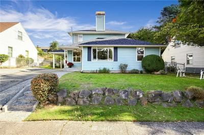 11422 CRESTWOOD DR S, Seattle, WA 98178 - Photo 2