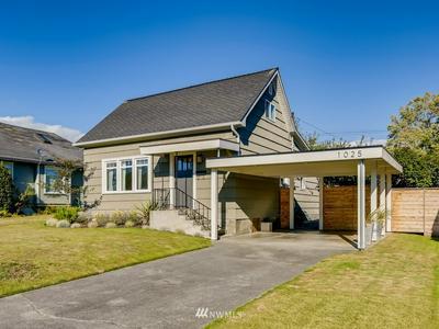1025 ROCKEFELLER AVE, Everett, WA 98201 - Photo 2