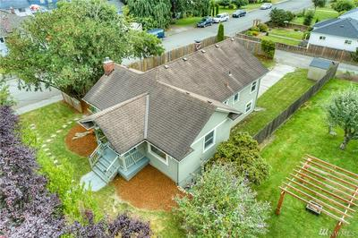 2920 16TH ST, Everett, WA 98201 - Photo 2