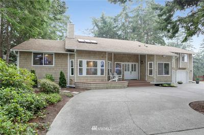 1040 NE PENNINGTON LOOP, Coupeville, WA 98239 - Photo 1