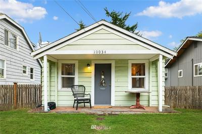 10034 STONE AVE N, Seattle, WA 98133 - Photo 1