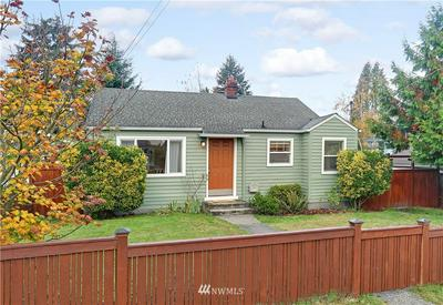 10211 CALIFORNIA AVE SW, Seattle, WA 98146 - Photo 1