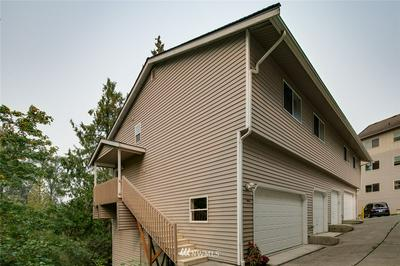 1905 E SUNSET DR, Bellingham, WA 98226 - Photo 1